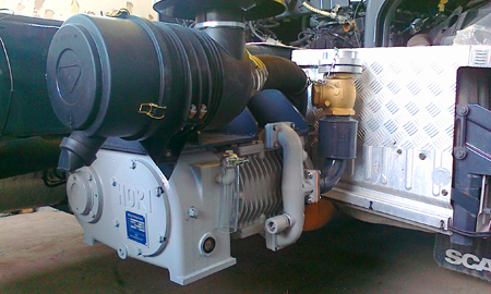 compressor for cement and The compressor is suitable for unloading dry bulk products such as: cement powder, fly ash, PVC powder, iron oxide, calcium carbonate, potassium carbonate, feed, flour, rice, granulated sugar, glass powder, paint powder, urea, silica sand, soda lime, active carbon, coke powder, and carbon black